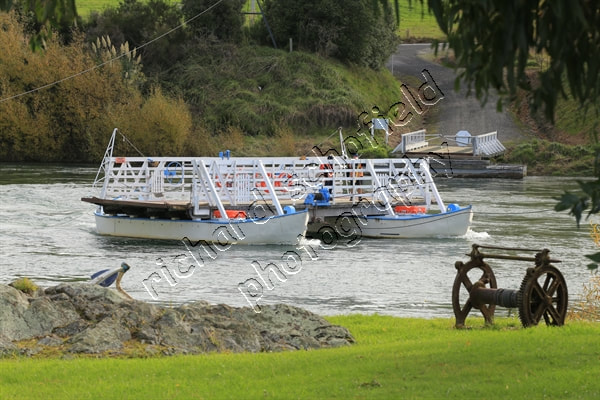 Photo, Tuapeka Mouth ferry, punt, Clutha river, South Otago, Clutha District